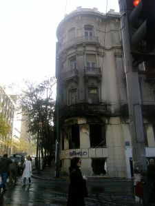 Burned_building_in_Sina_str._03